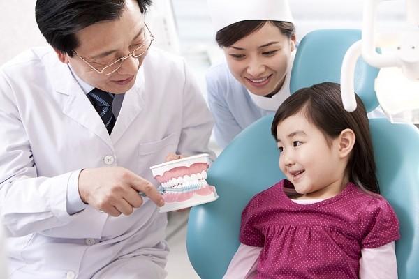 Chăm sóc và phòng các bệnh về răng cho trẻ